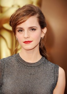 Confira os 10 penteados mais influentes dos últimos tempos!! Oitavo Penteado - Emma Watson